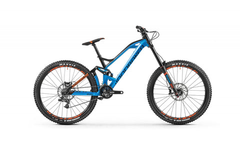 Mondraker Summum 2018 Downhill Mountain Bike with Alloy Stealth Evo, hydroformed tubing, Zero Suspension System, 205mm travel, Forward Geometry,alloy upper link with shock eyelet bearings, 12x150mm rear axle, BSA bottom bracket, MAX. capacity sealed bearings, internal or external cable routing
