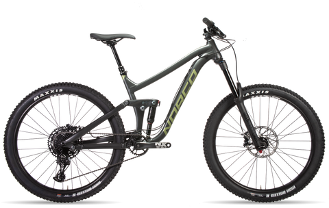 Norco Range A2 2019 enduro mountain bike in 27.5 and 29er wheels and alloy frame under $4500