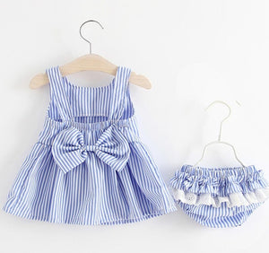 Charming  Striped Bow Decor Dress and Pantie Set for Baby Girl