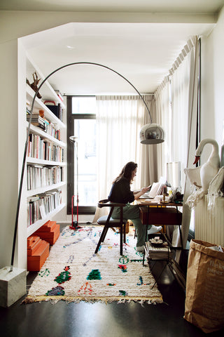 https://www.thesocialitefamily.com/en/familles/paris-en/at-home-with-constance-gennari-founder-and-artistic-director-the-socialite-family/