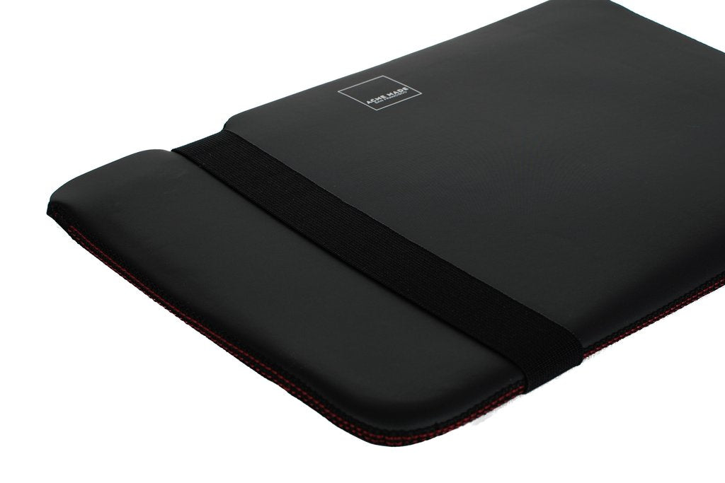 "Skinny Sleeve (XL) for 15"" Laptops - Black"