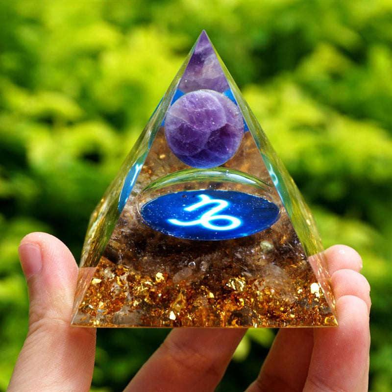 Pirâmide Orgonite do Signo Capricórnio