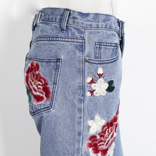 Floral Embroidered Loose Fit Jeans