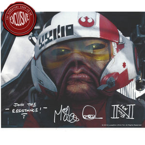Nien Nunb 8x10 Photo signed by Mike Quinn
