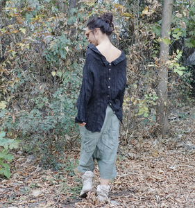 Back Closure Linen Shirt