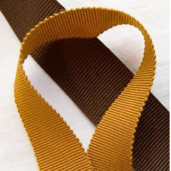 "JKM Petersham Grosgrain Ribbon with Scalloped Edge - 1"" ; 33 Yards"