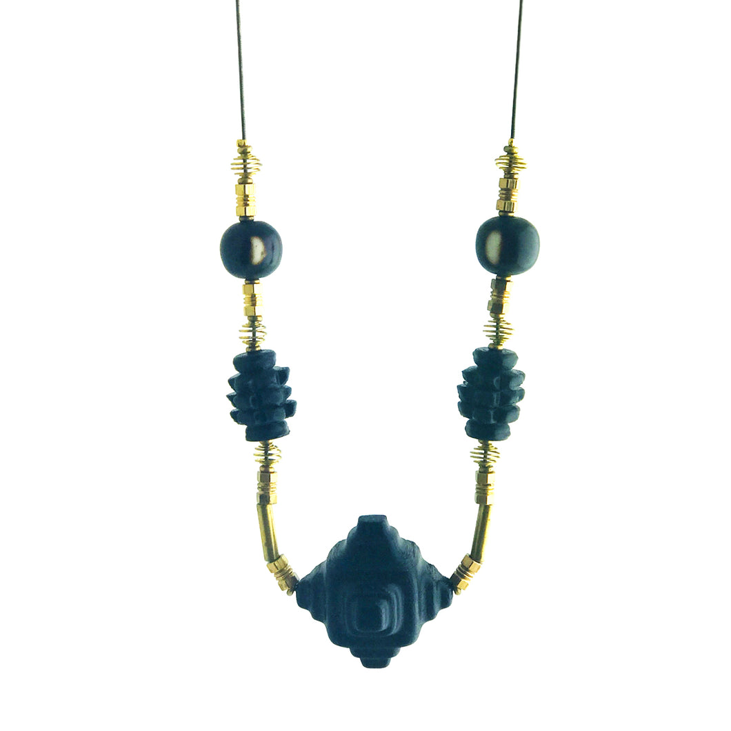 Deco bead necklace, black / brown