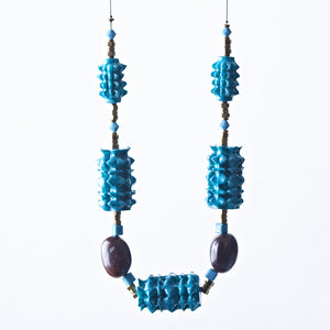 Polly seed necklace, colour dark green