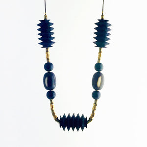 Zig zag necklace, black and brown