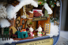DIY Dollhouse - Box Theater - Roam Around In Winter - Toys & Games - Toys - Dolls, Playsets & Toy Figures - Dollhouses - PlayAge