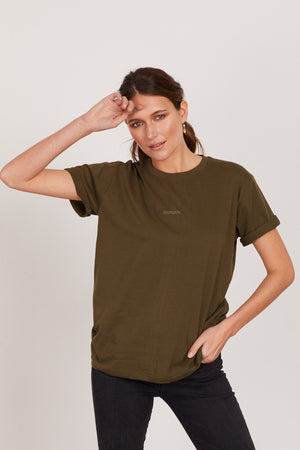 INTRÉPIDE 'Fearless' ROLLED SLEEVE TEE