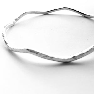 Wavy sterling silver bangle