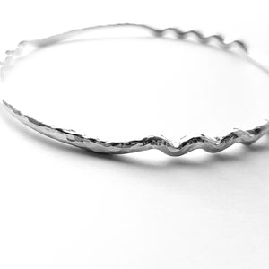 Ripple sterling silver bangle