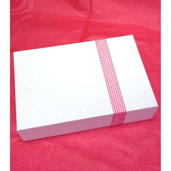 In the Pink Gift Box - Golf Gifts UK - Golf wrapped up