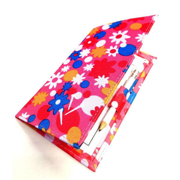 Flower Power Scorecard Holder - Golf Gifts UK - Golf wrapped up