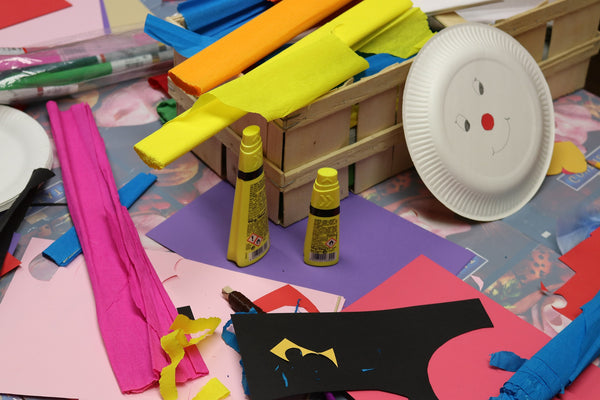 Adhesives for decorative art