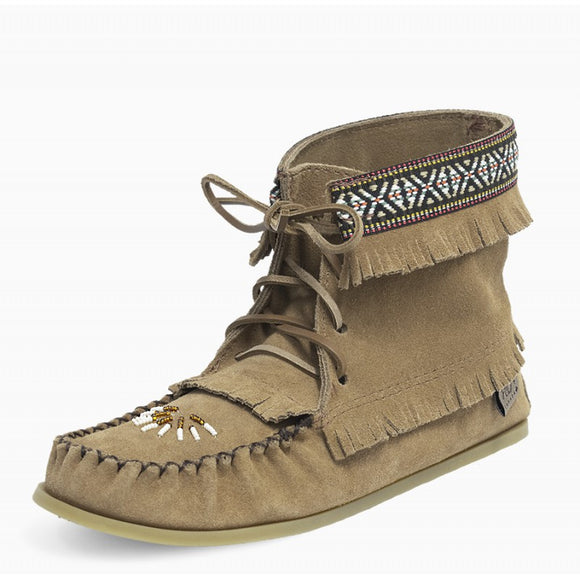 Laurentian Chief Concho Boot. Women's (moka)