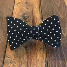 red stripes, black polka dots, bowtie, bow tie, handmade bowtie, handmade bow tie, university of Louisville, u of l bow tie, u of l bowtie, uofl, uofl bow tie, black polka dot tie, black polka dot bow tie, university of Georgia, georgia bulldogs, uga, uga bow tie, Georgia bulldog bowtie, uga lady bulldogs, Georgia bow tie