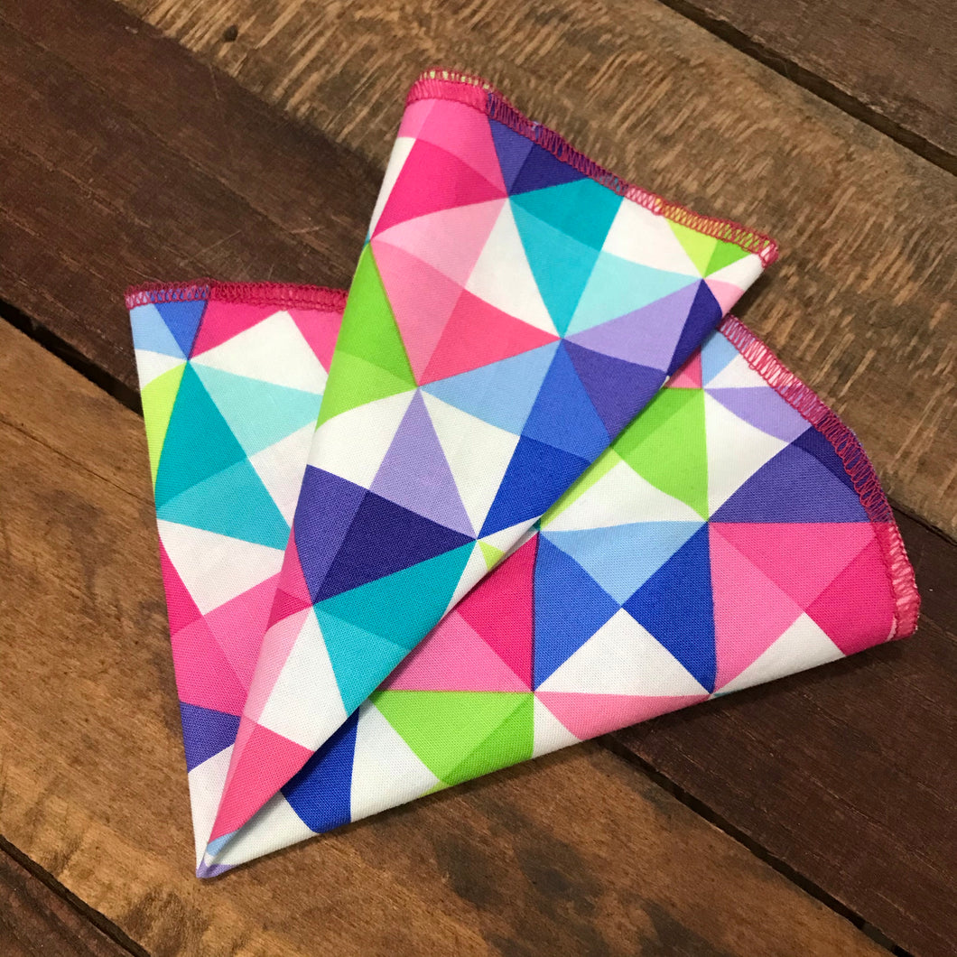 Neon Triangles Pocket Round