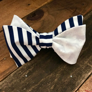 White Horses and Navy Stripes Bow Tie