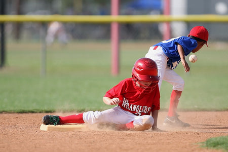 Baseball and Softball Safety Tips For Parents