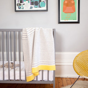 McGhee – Knitted Stripe Baby Unisex Blanket – Grey