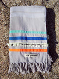 Peshtowel/towel in ice color with three different ribbons and a pom pom band