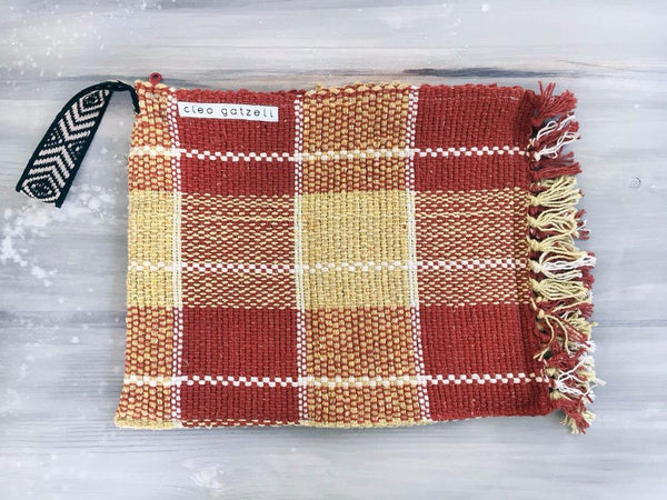 Rug clutch bag in brick color and vichy design