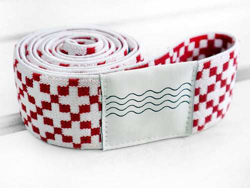 BOHOHOLIC -RED CROSSES- beach bed elastic band