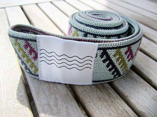 BOHOHOLIC -TRIANGLES- beach bed elastic band