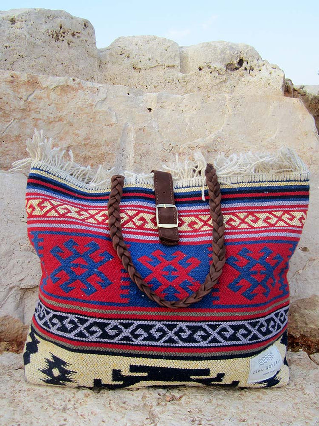CARAVAN - rug shoulder bag