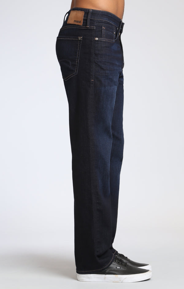 MATT RELAXED STRAIGHT LEG JEANS IN RINSE BRUSHED WILLIAMSBURG - Mavi Jeans