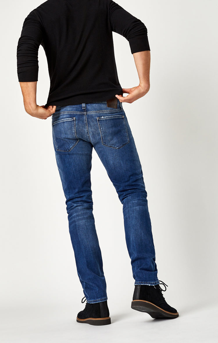 MARCUS SLIM STRAIGHT LEG IN DISTRESSED VINTAGE - Denim - Mavi Jeans
