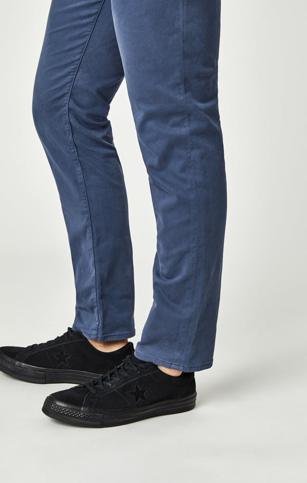 MARCUS SLIM STRAIGHT LEG PANTS IN VINTAGE INDIGO SATEEN TWILL - Mavi Jeans