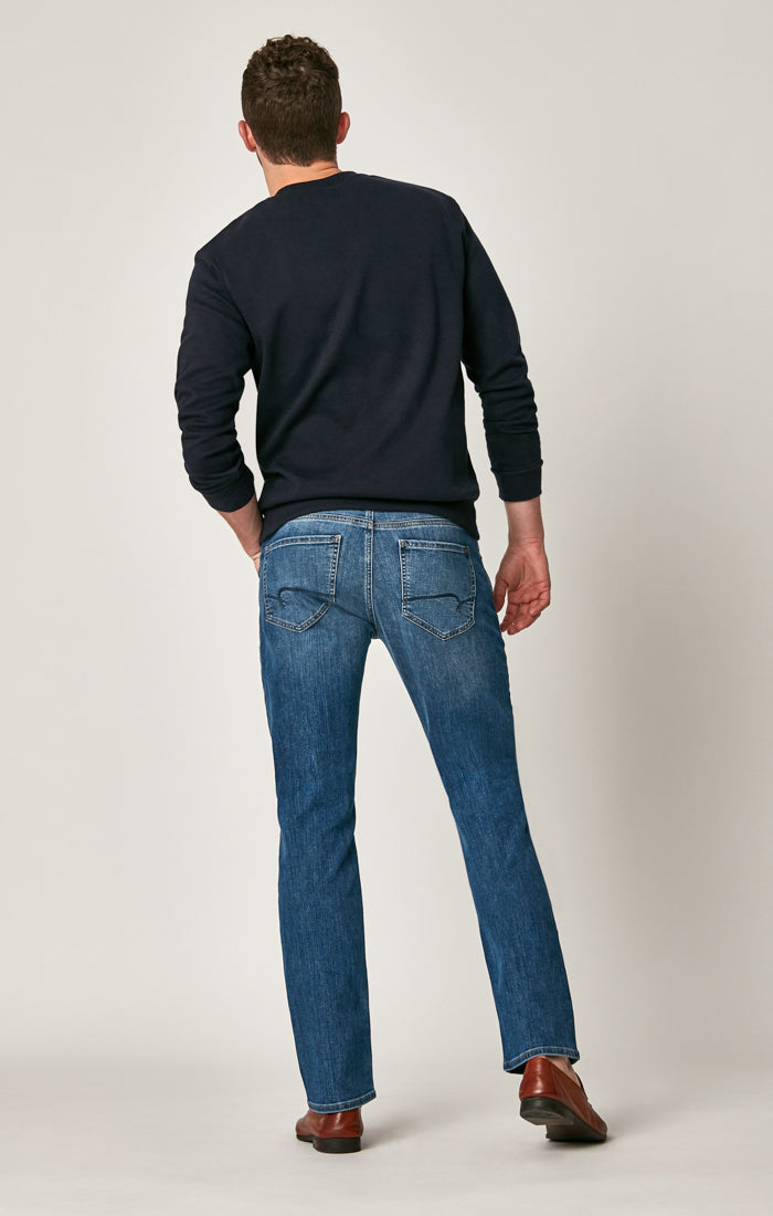 MARCUS SLIM STRAIGHT LEG JEANS IN DARK INDIGO WILLIAMSBURG - Mavi Jeans