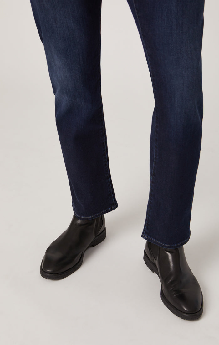 MARCUS SLIM STRAIGHT LEG JEANS IN DEEP BLUE SUPERMOVE - Mavi Jeans