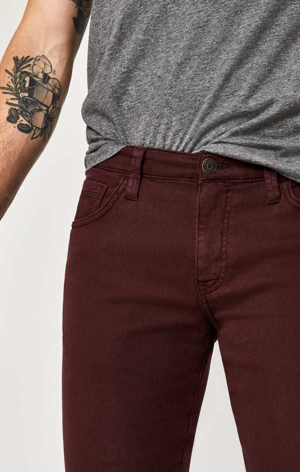 JAKE SLIM LEG JEANS IN BURGUNDY SPORTY - Mavi Jeans