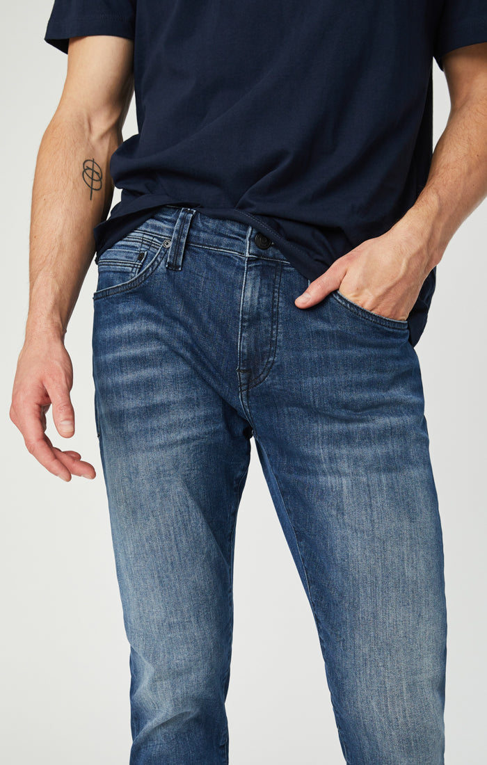 JAKE SLIM LEG JEANS IN MIDNIGHT WILLIAMSBURG - Mavi Jeans