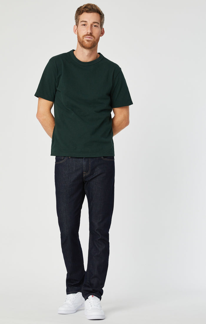 ZACH STRAIGHT LEG JEANS IN RINSE WILLIAMSBURG - Mavi Jeans