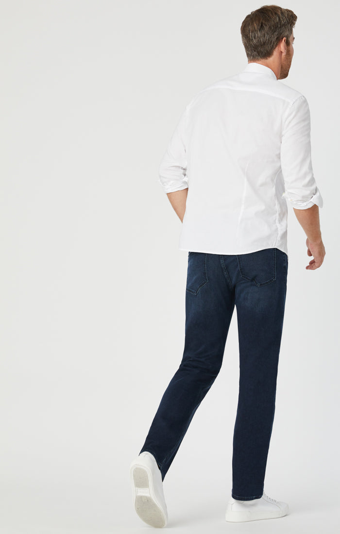 ZACH STRAIGHT LEG JEANS IN DEEP INDIGO BELTOWN - Mavi Jeans