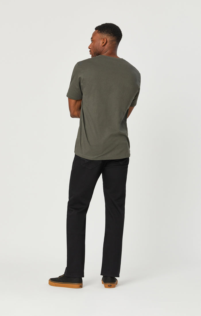 ZACH STRAIGHT LEG JEANS IN DOUBLE BLACK SUPERMOVE - Mavi Jeans