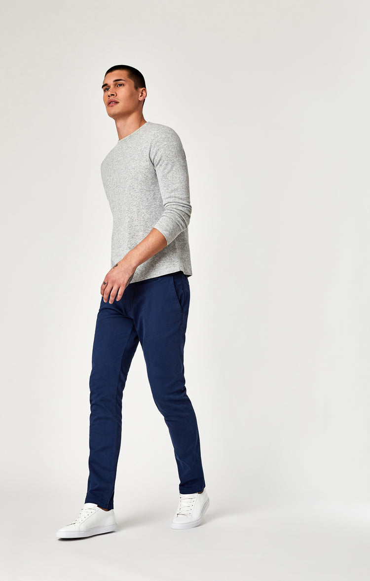 JOHNNY SLIM LEG CHINO IN MARINE BLUE TWILL - Pants - Mavi Jeans