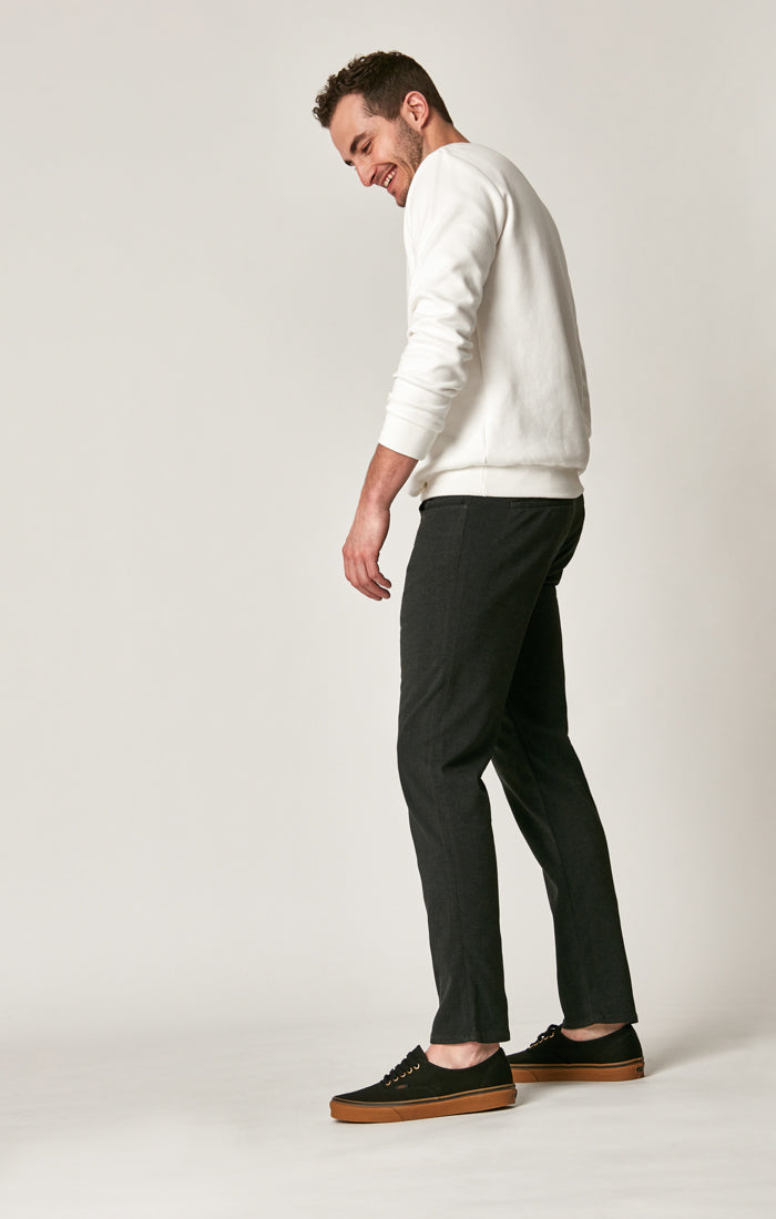 LIAM SLIM LEG DRAW STRING PANTS IN SMOKE ATHLETIC - Mavi Jeans