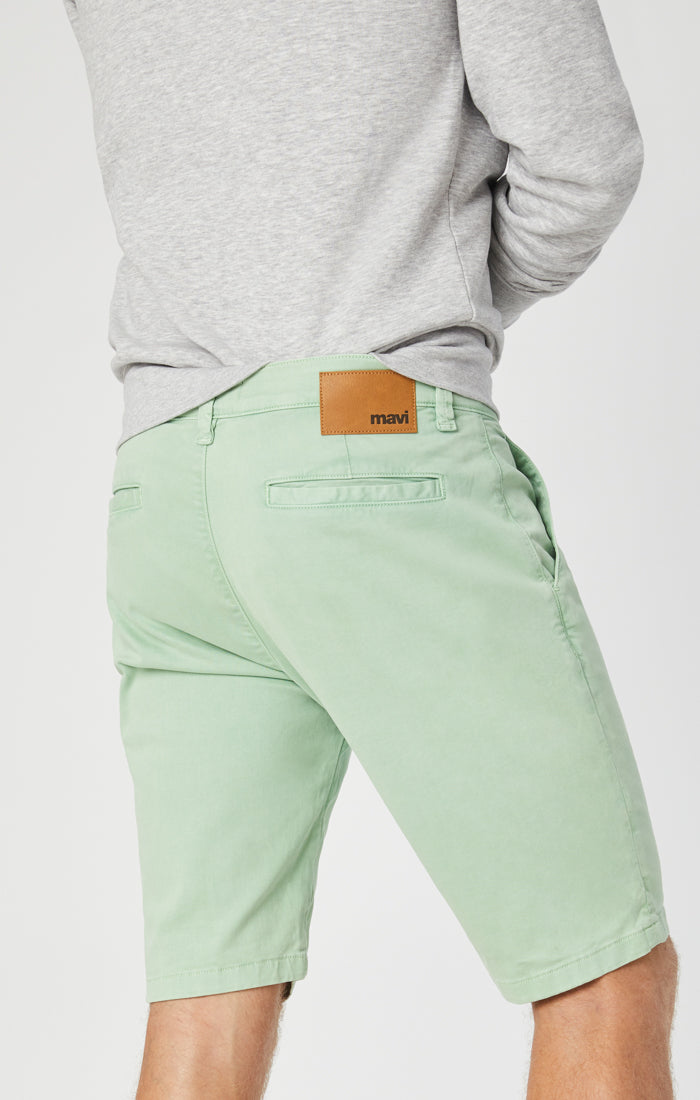 JACOB SHORTS IN MINT SATEEN - Mavi Jeans