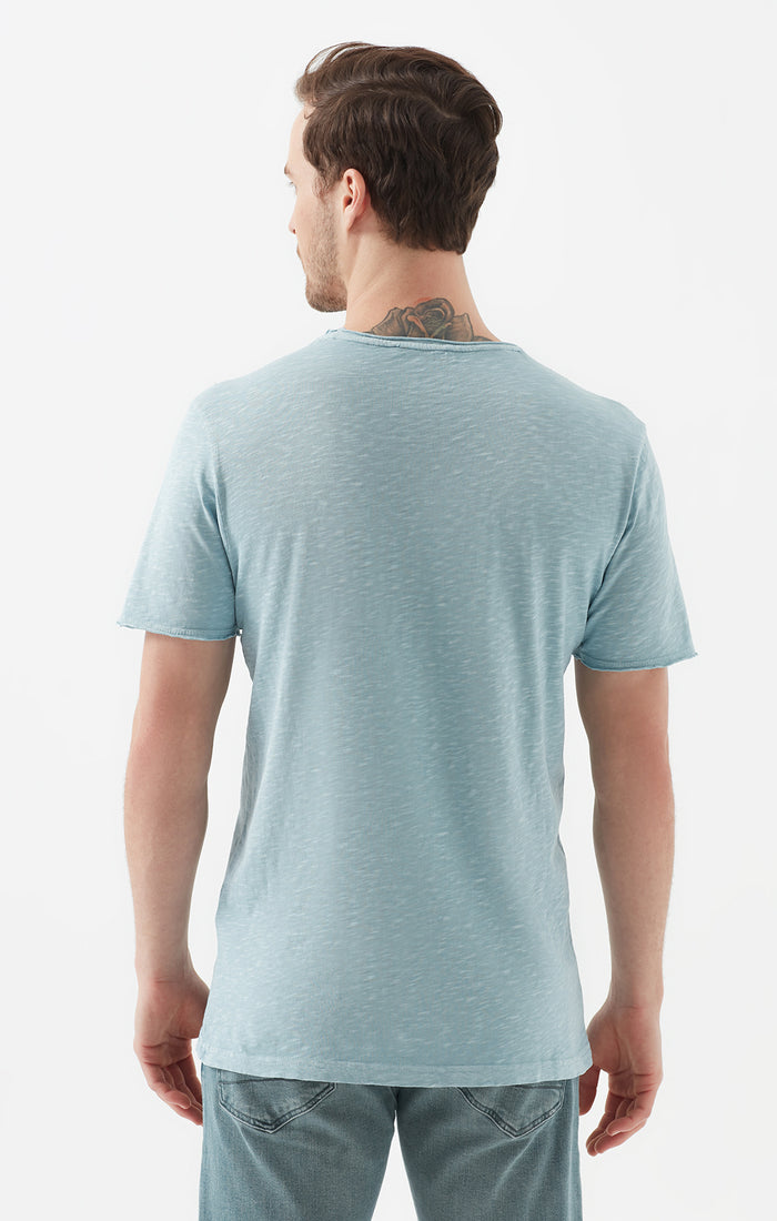 JULIEN EXTRA SLIM FIT CREWNECK T-SHIRT IN LIGHT BLUE - Mavi Jeans