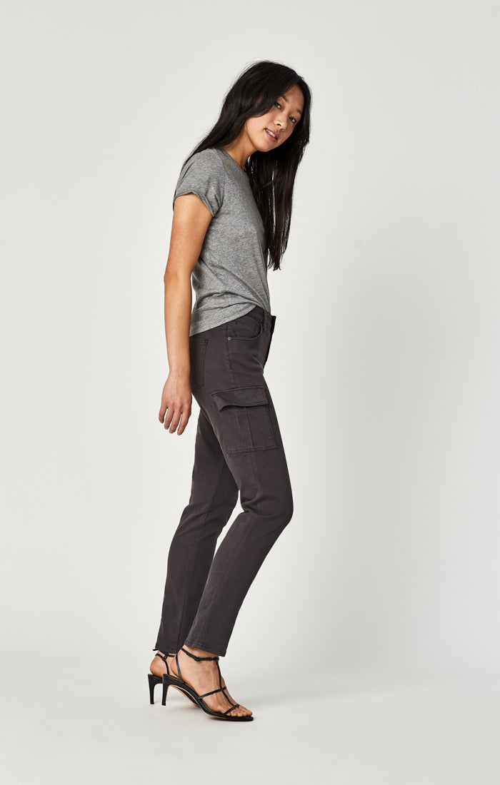 SASHA STRAIGHT CARGO PANTS IN SMOKE TWILL - Mavi Jeans