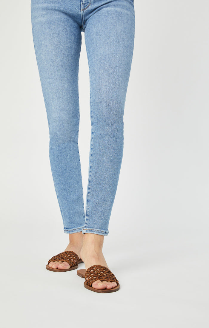 SCARLETT SUPER SKINNY JEANS IN LIGHT SHADED LA VINTAGE - Mavi Jeans