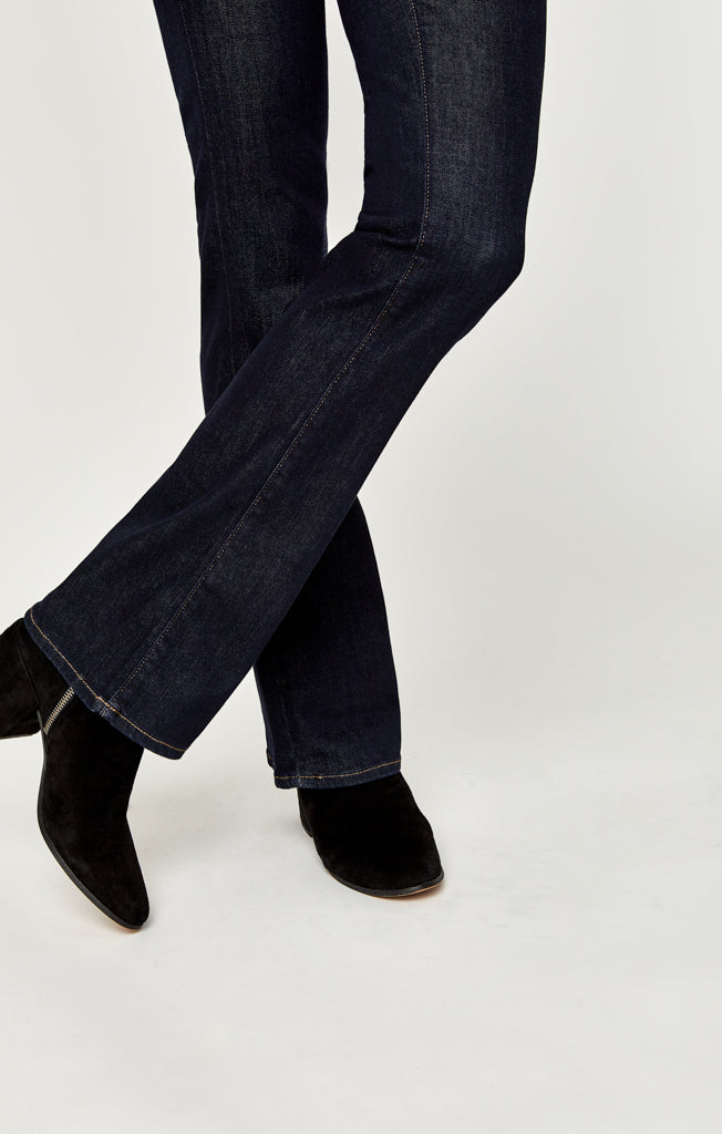 MOLLY BOOTCUT JEANS IN RINSE SUPERSOFT - Mavi Jeans
