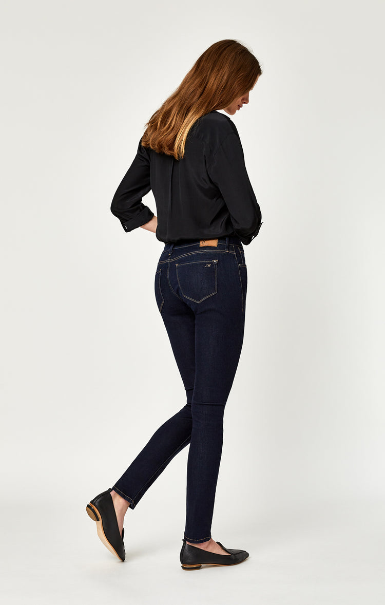 ALEXA SKINNY JEANS IN RINSE SUPERSOFT - Denim - Mavi Jeans