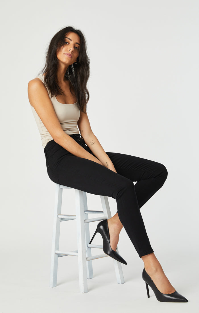 ALISSA SUPER SKINNY PANTS IN BLACK SATEEN - Mavi Jeans